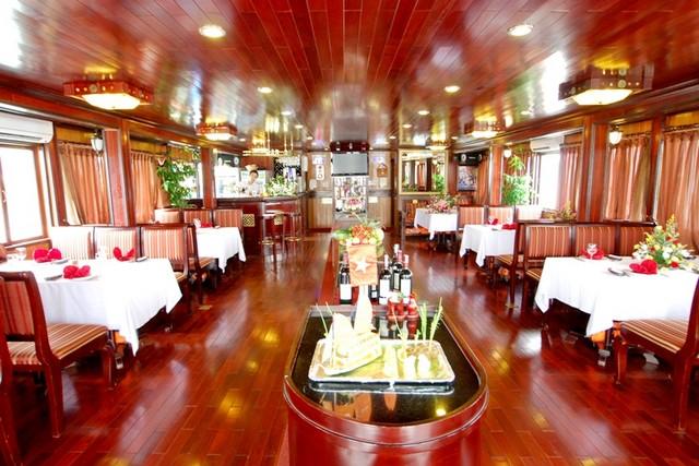 Bai Tho Cruise Restaurant