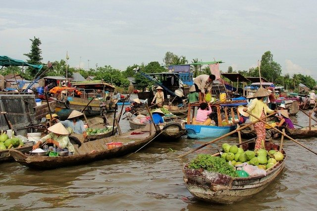 Cai Be Floating Market 1
