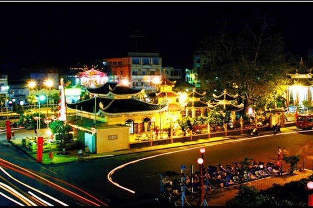 Chau Doc at night