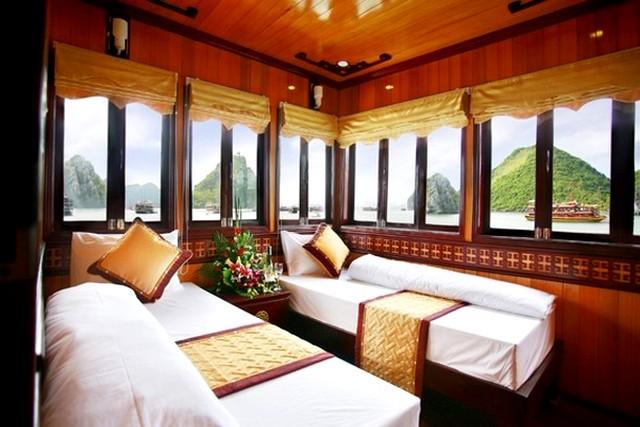 Golden Lotus Cruise Cabin