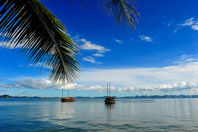 Halong Bai Chay beach