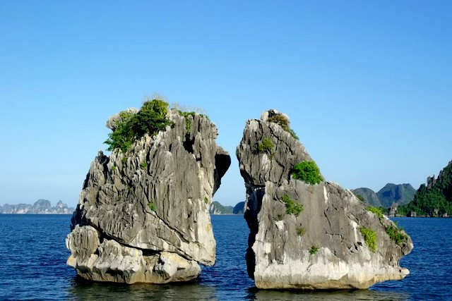 Halong Trong Mai islet