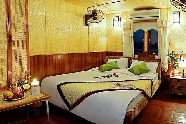 Huong Hai Junk Cruises Cabin