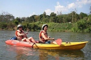 Kayaking_in_the_Nam_Khan_River