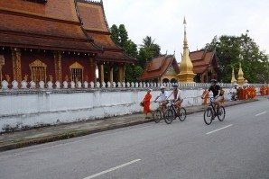 Laos-cycling-1