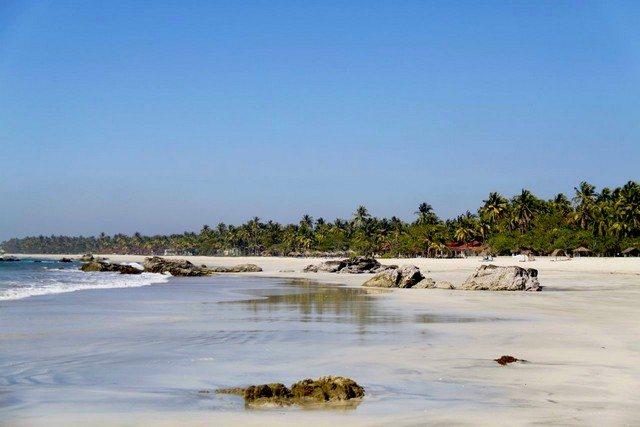 Myanmar NgweSuang Beach