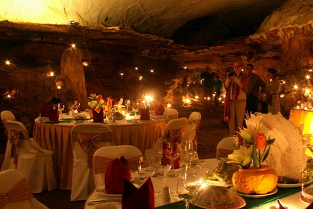 Pelican Cruise Dinning in cave