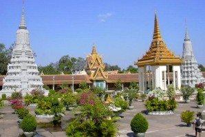 PhnomPenh_SilverPagoda