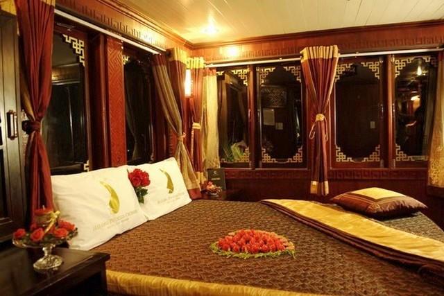 Phoenix Cruises Cabin