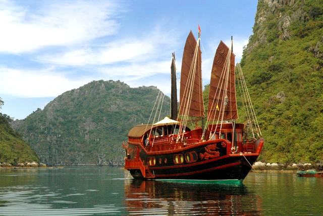 Red Dragon cruises