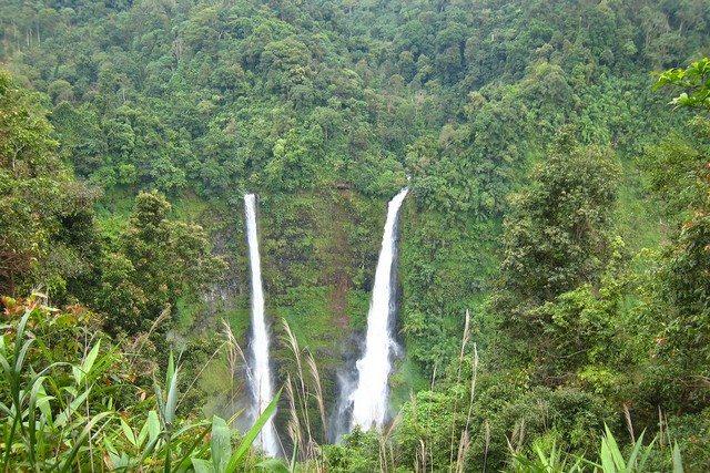 Laos Tad Fan waterfall