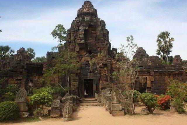 Tonle Bati Temple