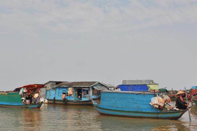 Tonle Sap lake Floating Village