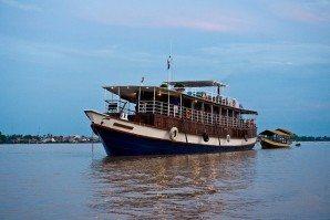 Angkor, Phnom Penh Cruise by Toum Tiou