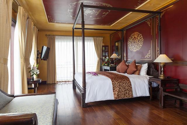 Violet Dragon Suite