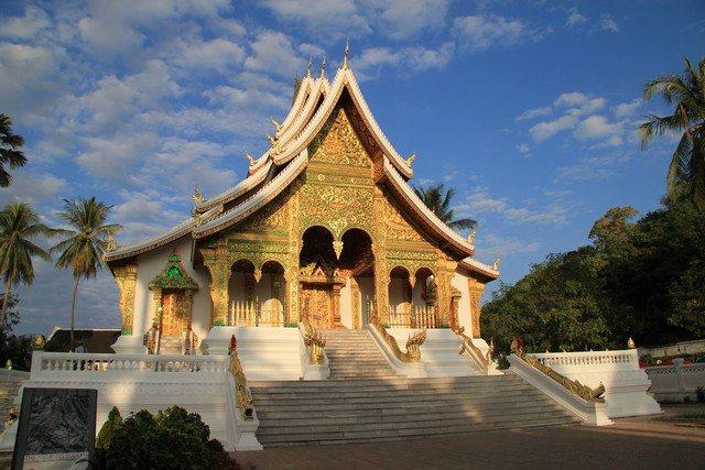 Laos Wat Mai