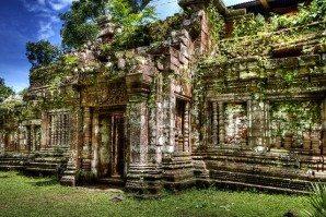 Wat_Phou1