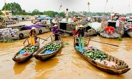 cai-rang-floating-market-in-Mekong-Delta-Tour-Vietnam