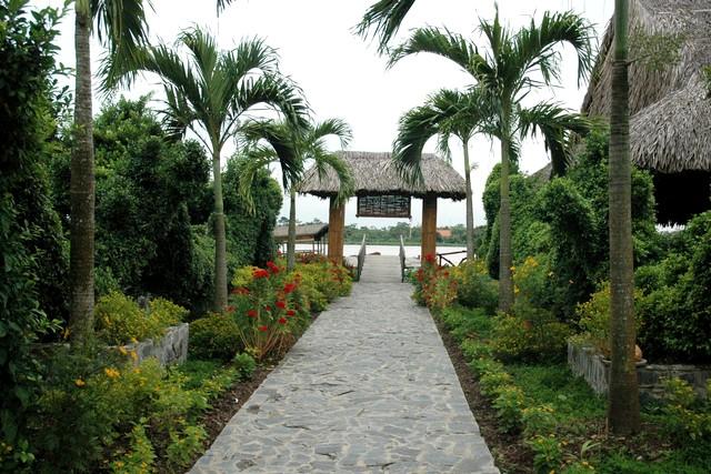 Mekong Lodge Entrance