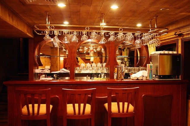 Mekong Eyes Cruise Bar