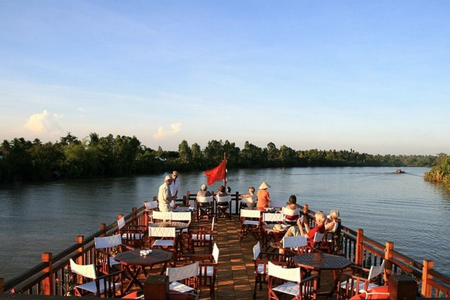 Mekong Eyes Cruise Relax on board