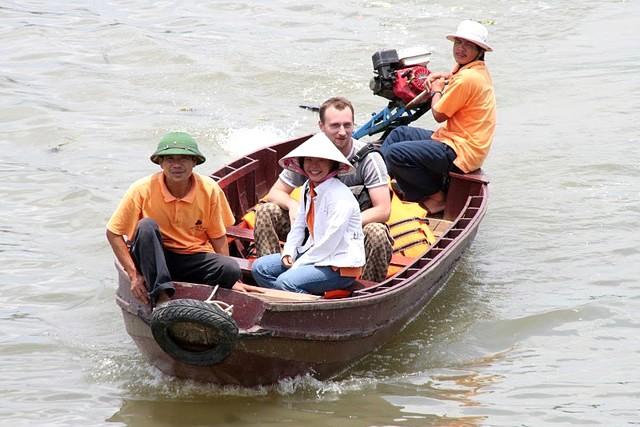 Mekong Eyes Cruise Sampan rides