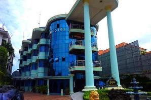 Crystal S Hotel