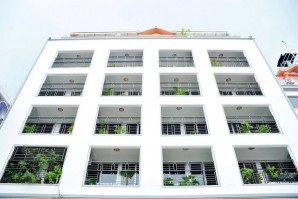Golden Gate PhPenh Hotel