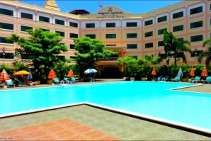 Golden Sand S Hotel Pool