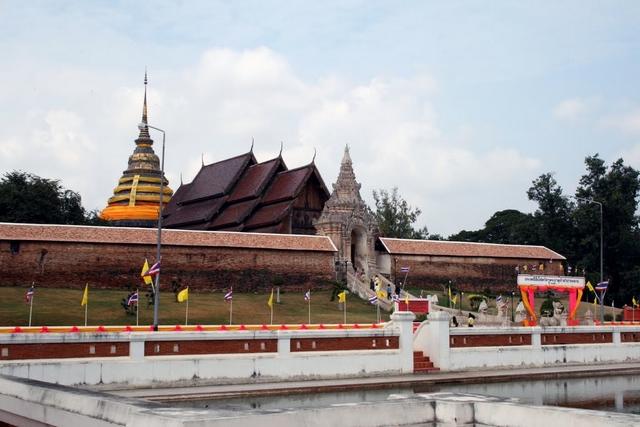 Lampang Luang Thailand  city photos : Wat Phra That Lampang Luang TNK Travel