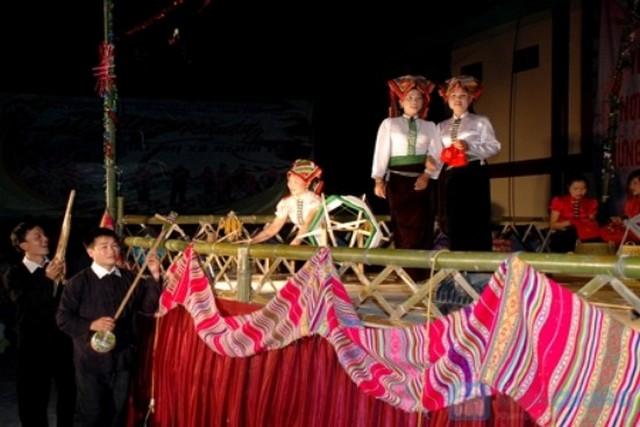 Xen Muong Festival in Hoa Binh