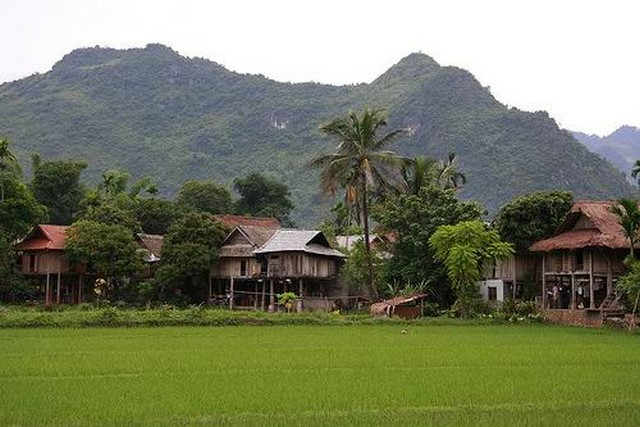 lac_village