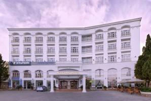 Ngoc Phat Hotel- TNK Travel