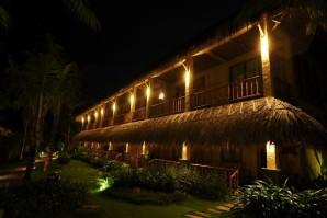 Aroma Beach Resort - TNK Travel