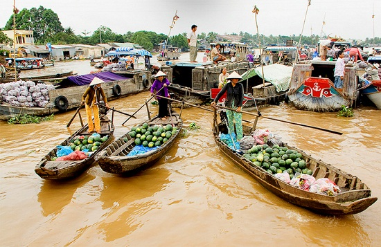 Cai Rang floating market - Can Tho