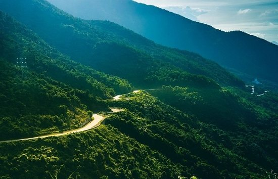 Hai Van Pass is one of the amazing mountain passes in Vietnam