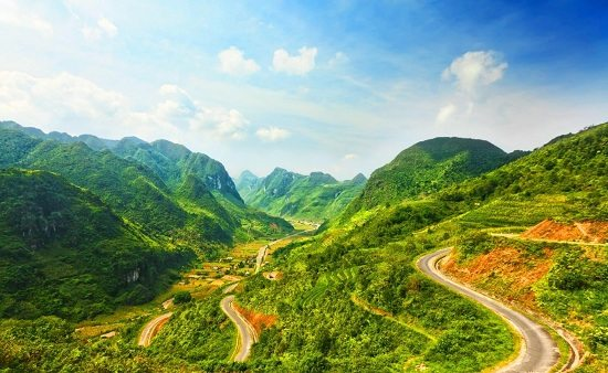 Pha Din Pass in Son La Vietnam