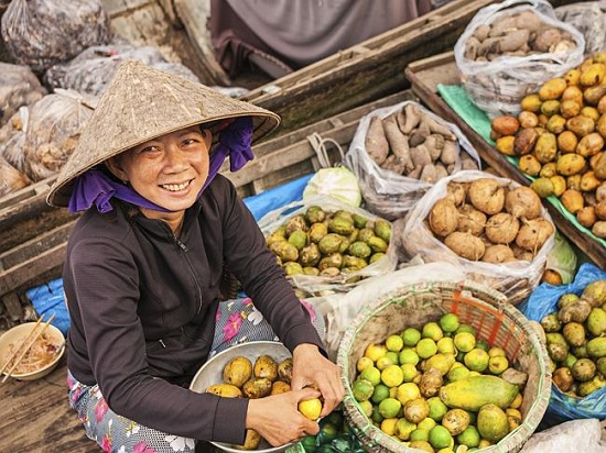 Vietnamese people is beautiful and friendly