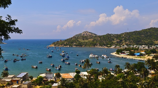 Vinh Hy bay is one of the most beautiful bays in Vietnam