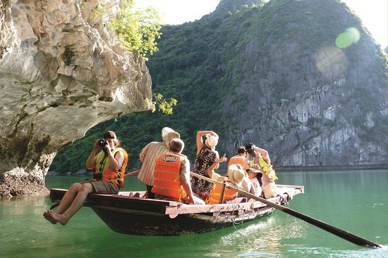 When is the best time to go to Halong bay?
