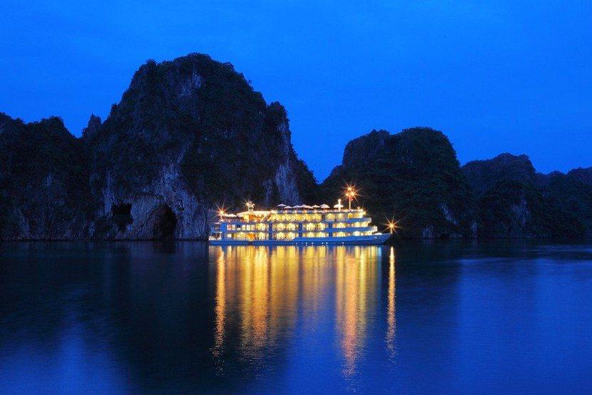 Au Co Cruise Halong Bay