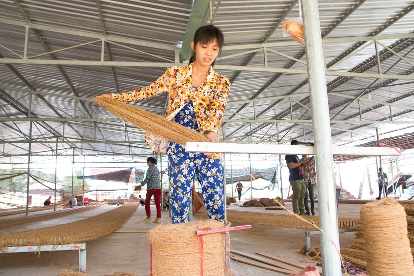 Ben Tre - coconut fiber handy workshop