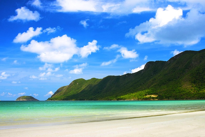 con dao island beach