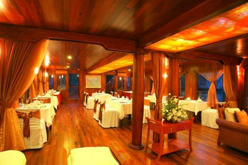 Violet Restaurants