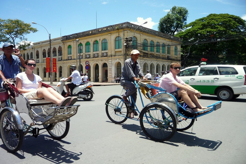 Cyclo tour in Hanoi