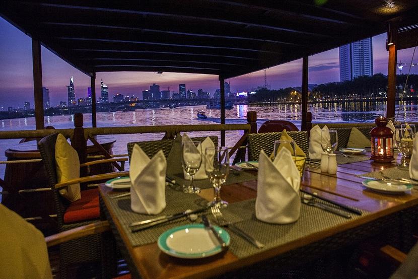 Dinner on Saigon cruise