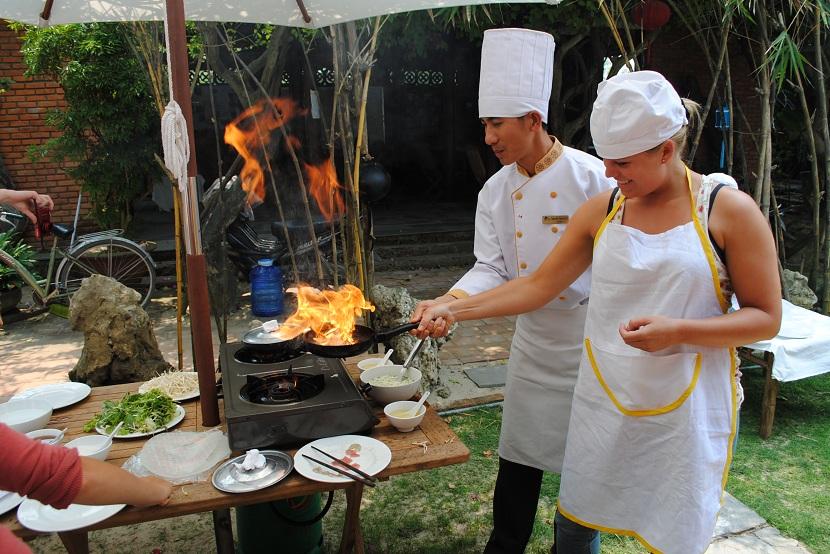 Hue cooking class
