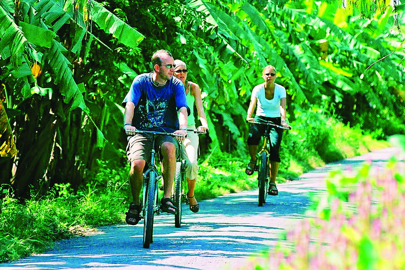 Cycling in Phong Nam village