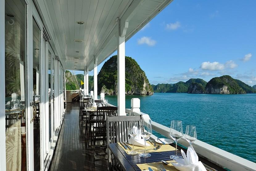 Paradise Cruise Halong Bay Balcony