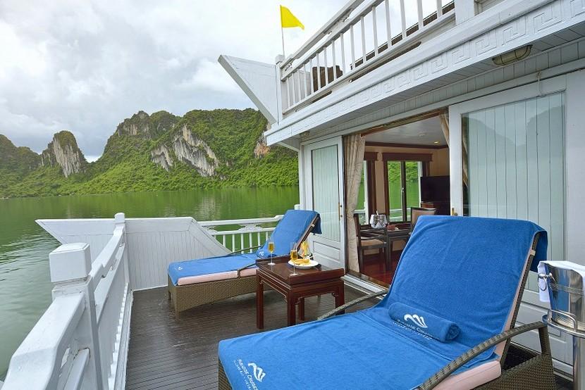 Paradise Cruise Halong Bay Sundesk